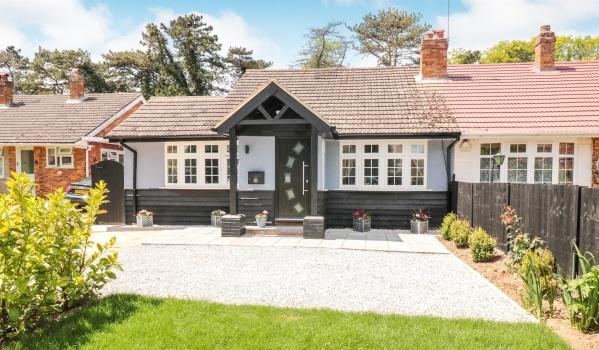 Modernised bungalow in Broxbourne