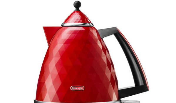 Kettle from DeLonghi.