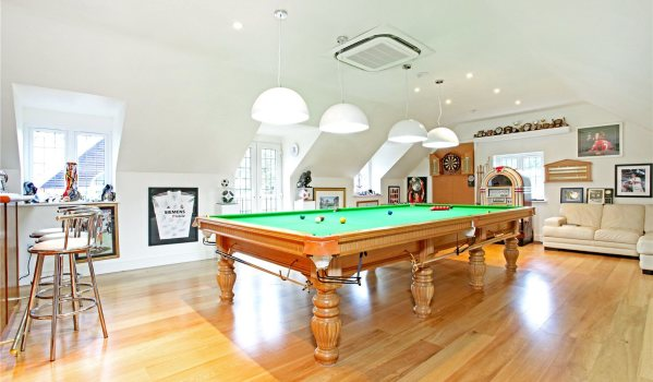 Top Ideas For A Games Room Zoopla - Garage games room ideas