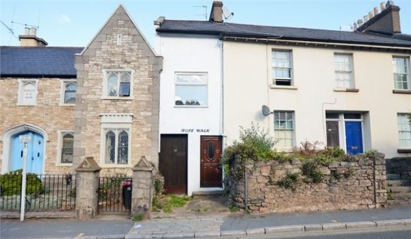 Tiny terraced house in Newton Abbot