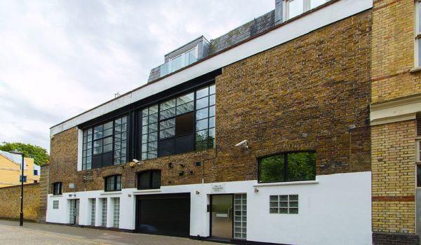 Jamie Oliver's former home.