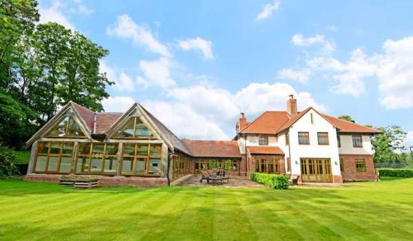 Huge Formby mansion with indoor swimming pool