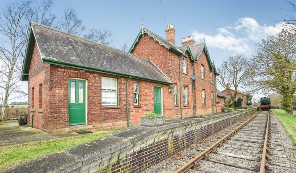 19th century Great Northern Railway station converted into a home