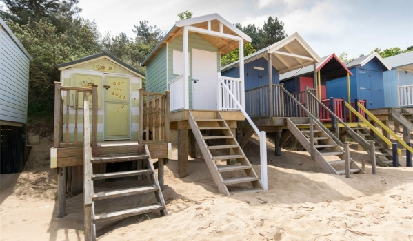 Pristine beach hut on the golden sands of Wells-next-the-Sea