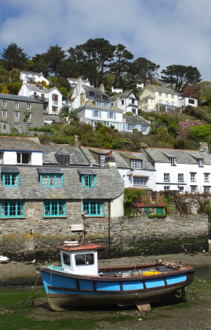 Homes in a Cornish harbour