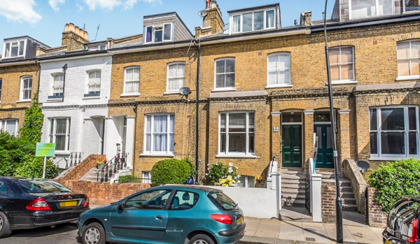 Flat for sale in London.
