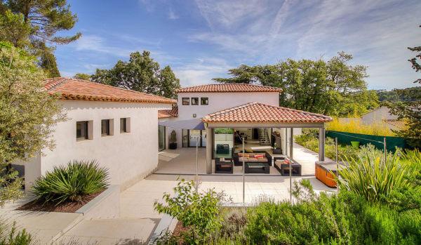 New-build home in Aix en Provence.