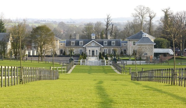 Grand equestrian home in Suffolk