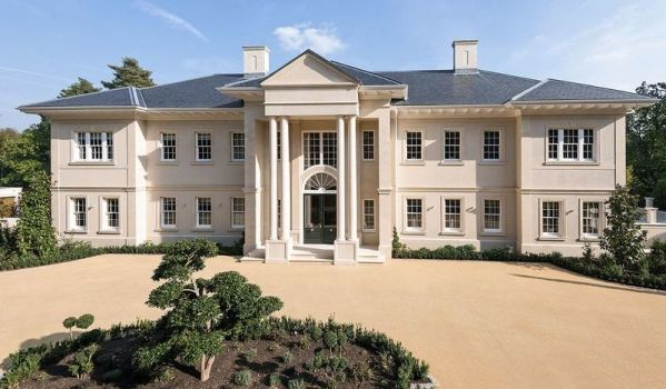 Newly built Georgian style mansion in Surrey