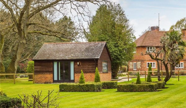 Annexe adjoining main house in Surrey.
