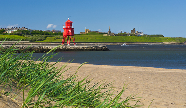 Light house at the mouth of the River Tyne