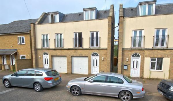 Semi-detached house for sale in Cambridge.