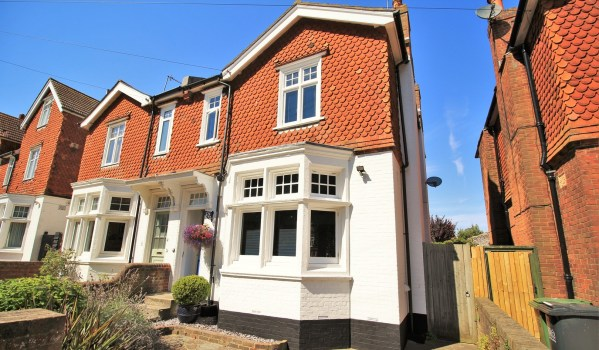 Semi detached Victorian house in Eastbourne