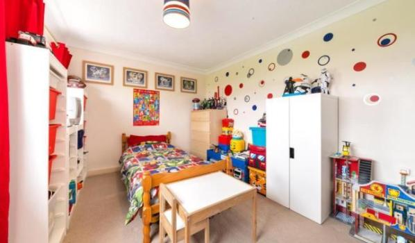 Fun child's bedroom in a two-bedroom terraced house in Bellshill