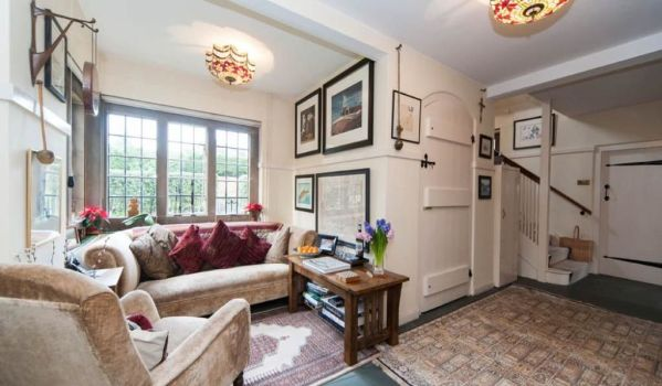Reception room of home for sale in Beaconsfield.