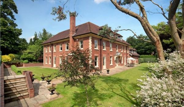 Mansion in Blackhills, Esher.