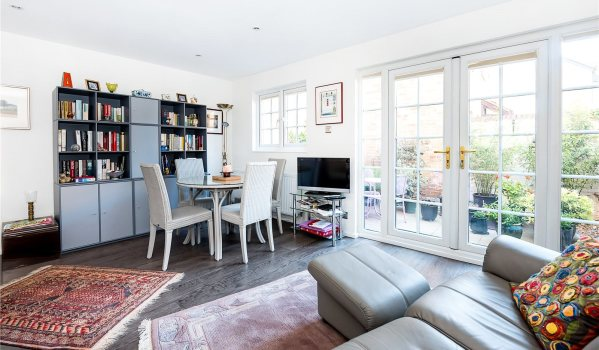 Cost of moving home soars to 11 000 zoopla - Average cost to move a 3 bedroom house ...