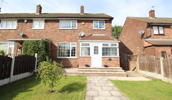 Semi-detached house in Rawmarsh