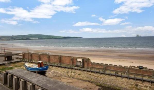 The beach at Ayr