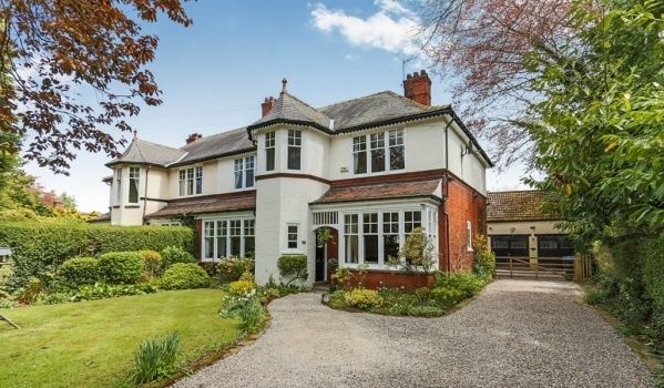 Semi-detached house in Marton-In-Cleveland, Middlesbrough