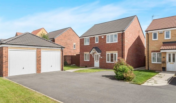 Detached house in Ingleby Barwick, Stockton-On-Tees