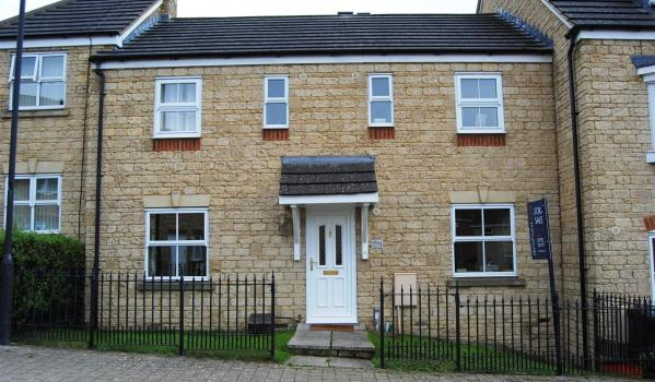 House for sale in Swindon.