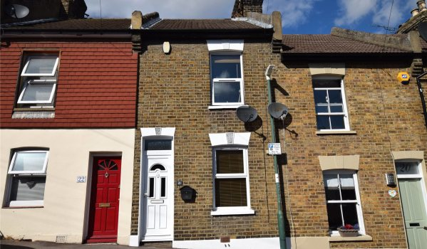 Victorian terraced house in Greenhithe
