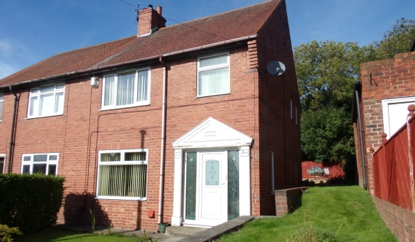 Semi-detached house in Low Fell