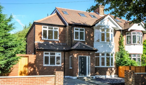 Semi-detached house in Osterley