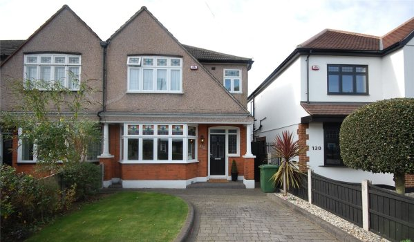 Semi-detached house in Balgores Lane, Gidea Park