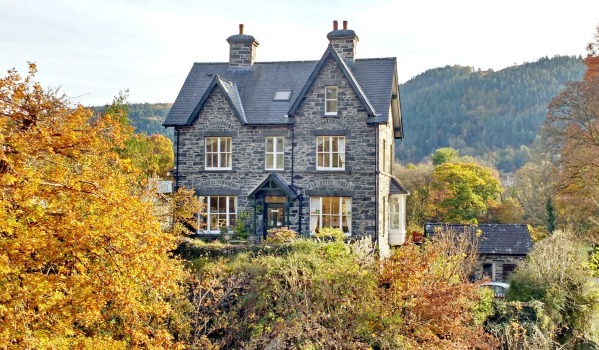 Property for sale in Snowdonia.