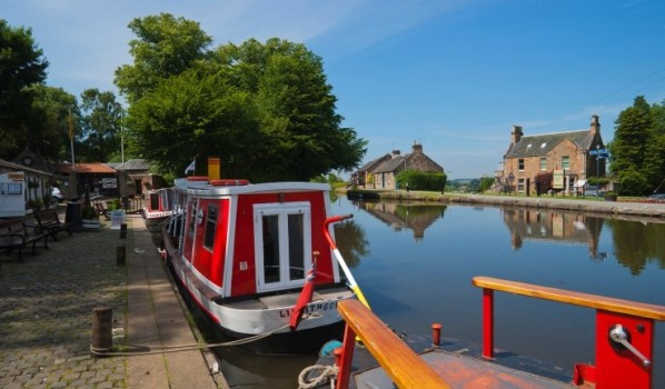 Barges on Union Canal