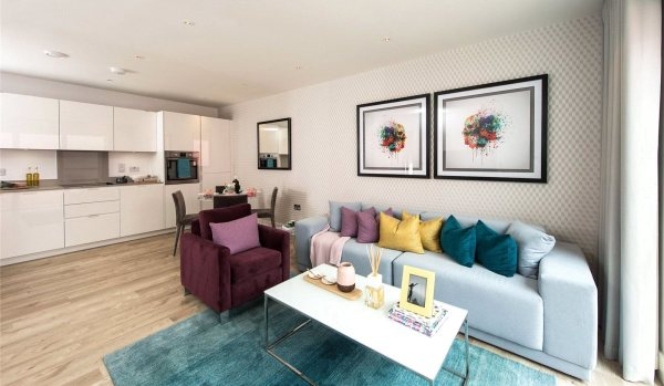 Flat for sale in Harrow, Middlesex.