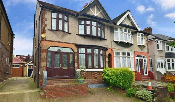 Semi-detached property in Clayhall