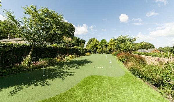 Putting green in back garden