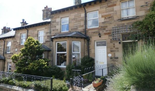 Stone fronted terraced house in Alnwick