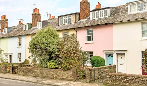 Terraced houses in Chichester