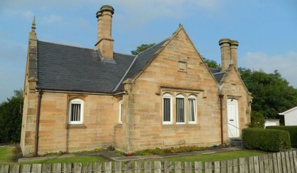 Detached stone house in Wishaw