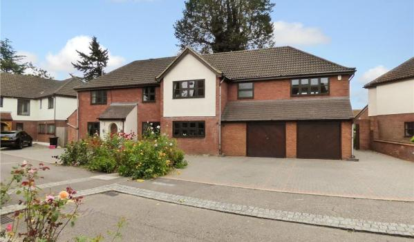 Detached house in Shenfield