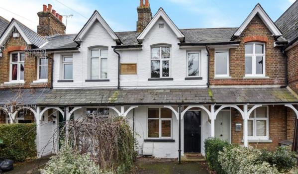 Terraced cottage in Taplow