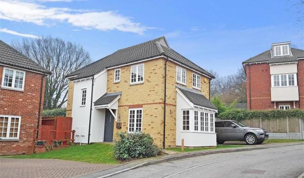 Detached house in Prower Close, Billericay, Essex
