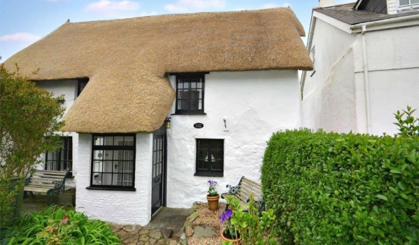 Thatched cottage in St Agnes