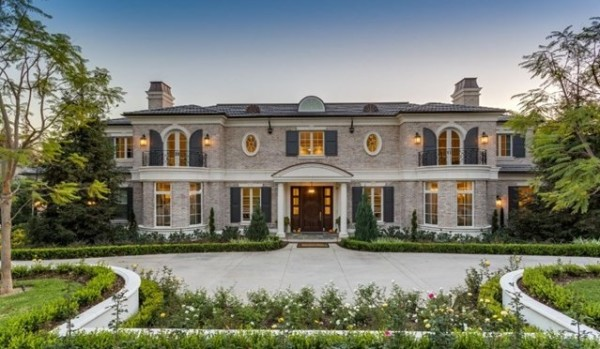 Sprawling property for sale in LA.