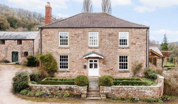 Georgian farmhouse in Herefordshire
