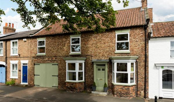 House for sale in Easingwold.