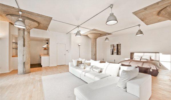 Luxurious London studio flat