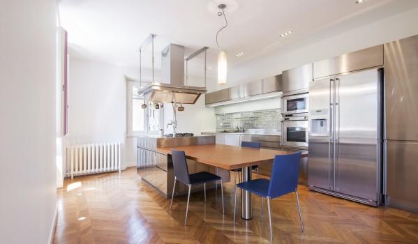 Lake Como penthouse apartment kitchen