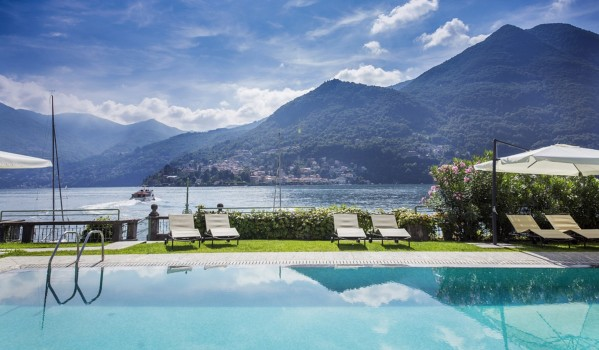 Lake Como penthouse apartment swimming pool with views