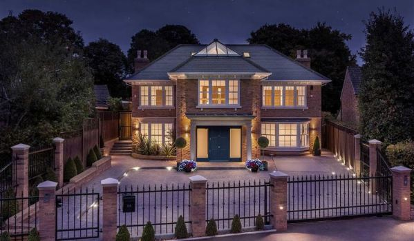 Extravagant St. Albans mansion