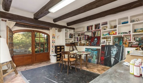 Johnny Depp S French Country Estate For Sale At 45m Zoopla